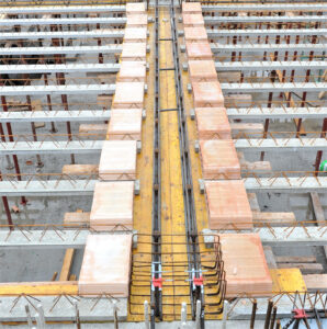 Montaggio trave MTR® T - Struttura miste acciaio calcestruzzo - Solaio laterocemento